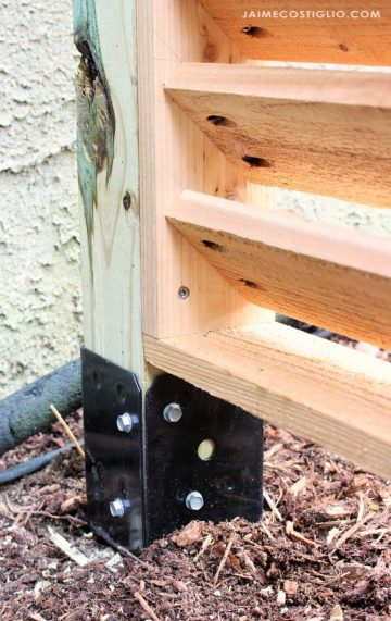 A DIY tutorial to construct a wall panel display near the use of Simpson Strong-Tie EZ spi...